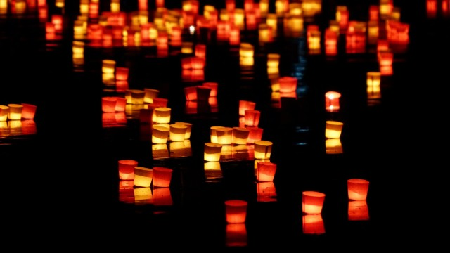 floating_candles_1920x1080-640x360