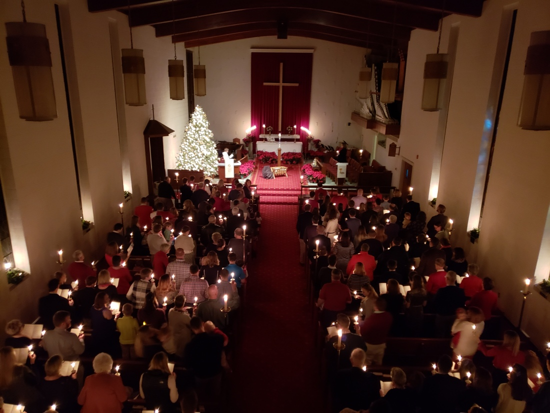 CHristmas Eve sanctuary 2018
