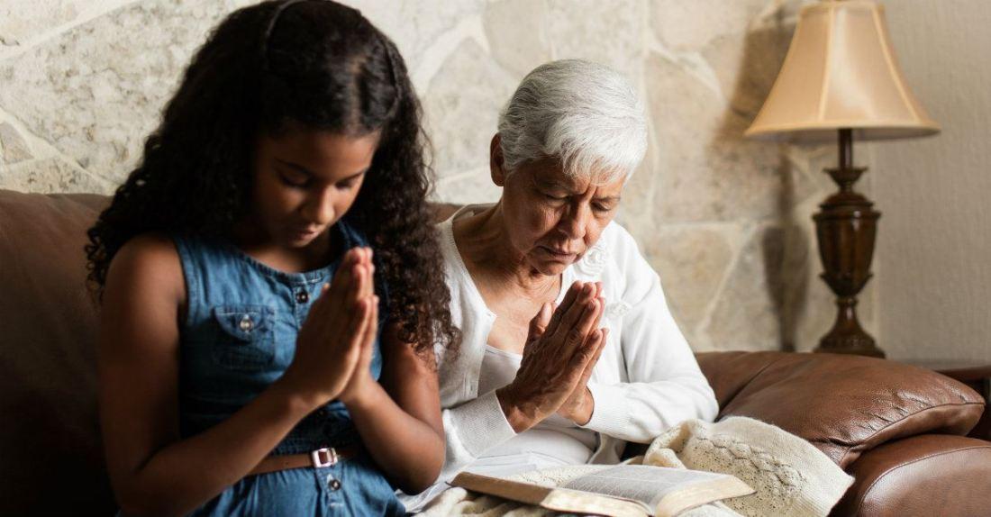 65389-grandparent-praying-grandchild-getty--aldomur.1200w.tn